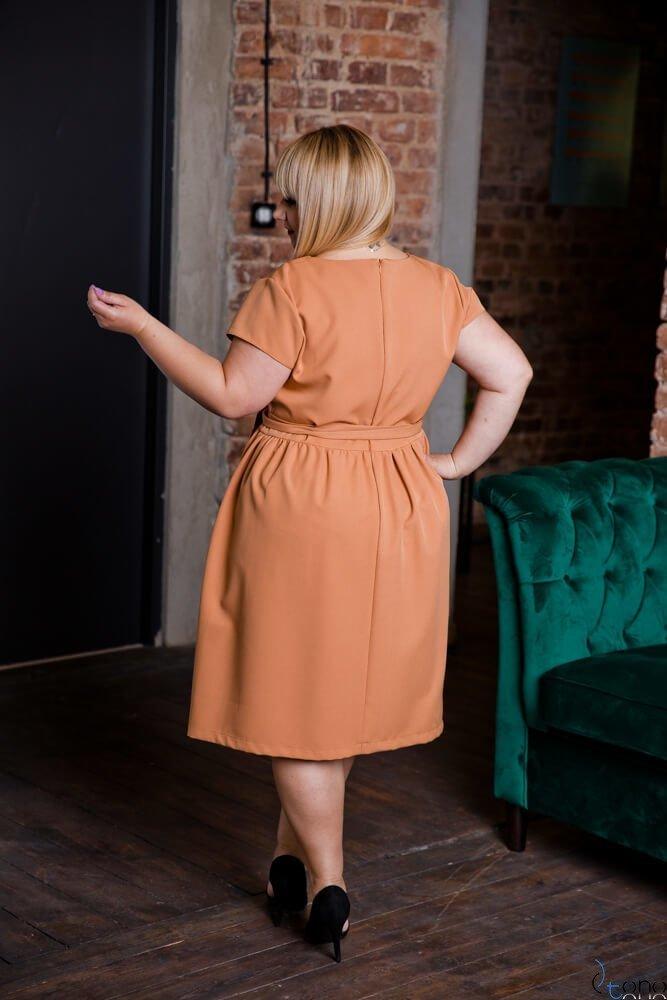 Camelowa Sukienka MACARIS Plus Size