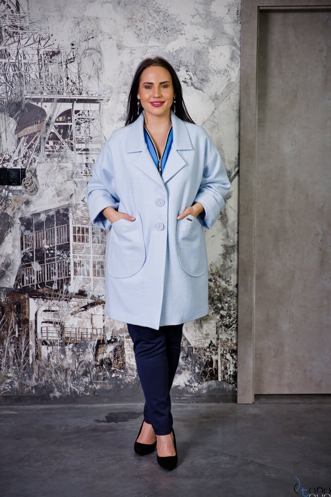 Błękitny Płaszcz HOKER Plus Size