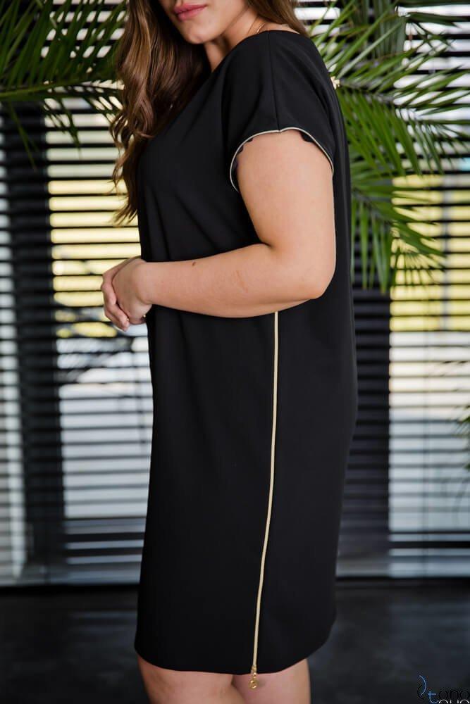 Czarna Sukienka CARBONA Plus Size