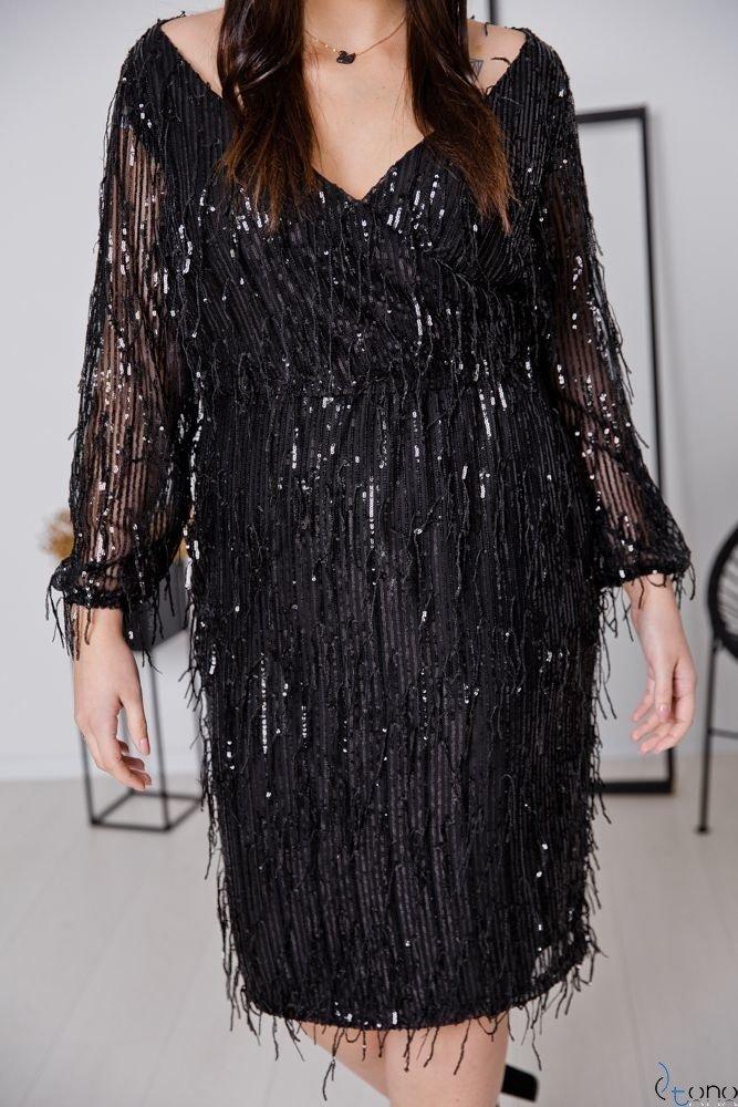 Czarna Sukienka VELOSA Plus Size