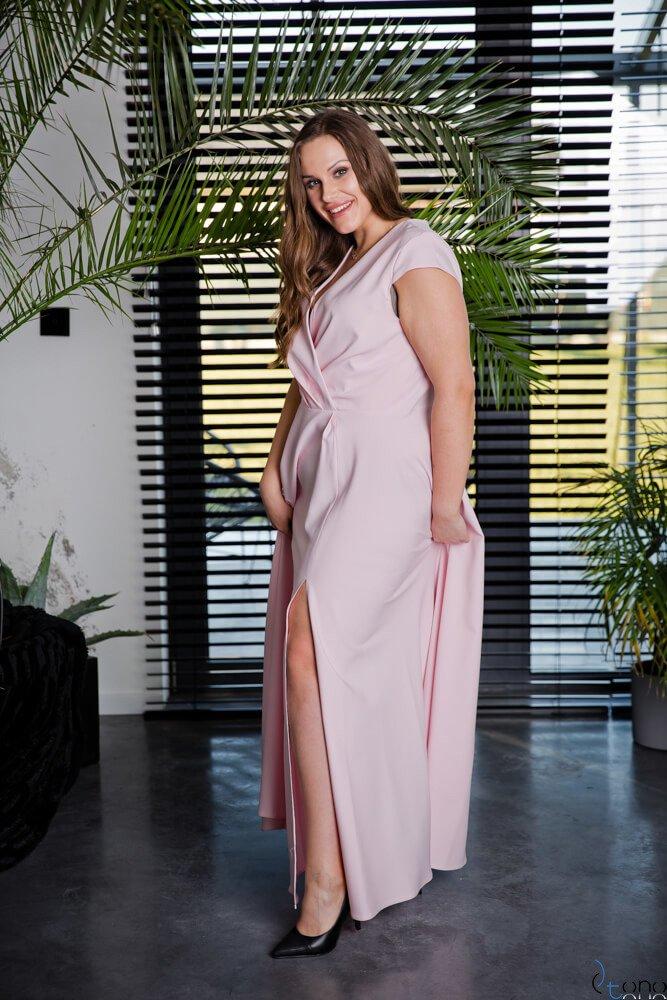 Pudrowo-różowa Sukienka LOREDANA Plus Size